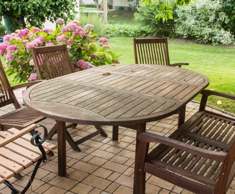 Záhradný nábytok, sedenie, stolovanie, oddych